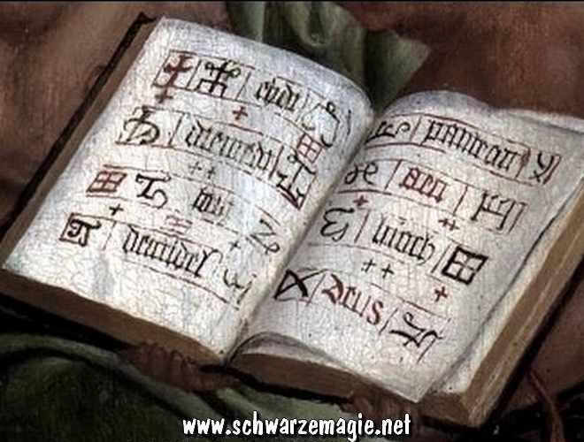 Echte alte Magie-Bücher