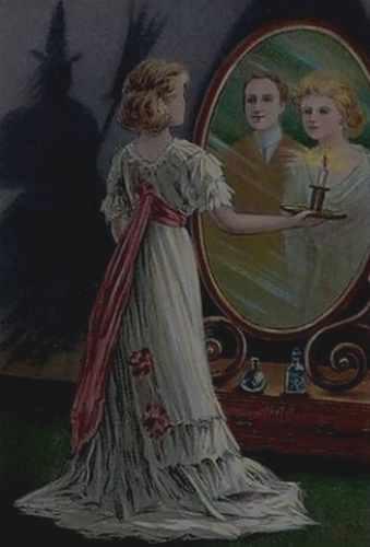 Zu Samhain ist Wahrsagen beliebt, hier ein Ritual mit dem Spiegel...